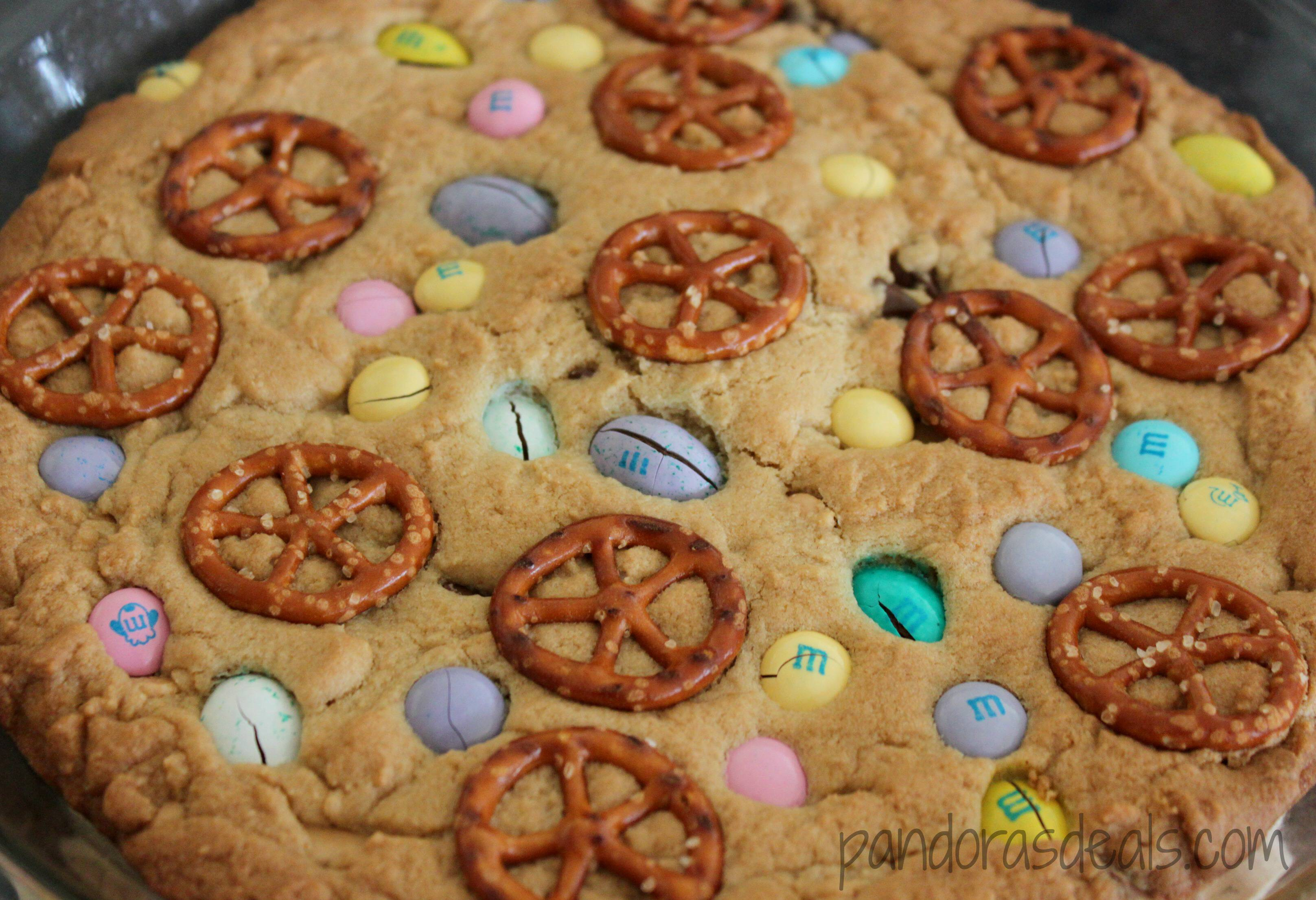 Looking for simple yet FUN Easter ideas? My kids absolutely love this dessert recipe! I love it too because it's so easy. Here's the directions to make this tasty and pretty Easter Cookie Pie.