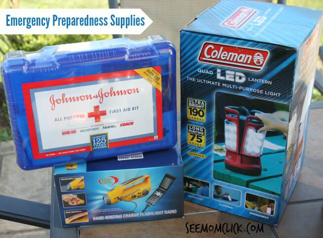 Do you have an emergency preparedness kit? Here are ideas on how to create your emergency kit including free printables and checklists. I'll make it easy to be prepared!
