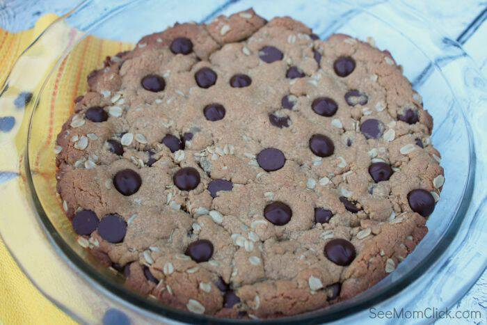 Yum! Peanut butter fans, you're going to love this one. This Peanut Butter Oatmeal Chocolate Chip Cookie Pie Recipe is easy to make and soooo delicious! Need an easy dessert recipe? This is it!