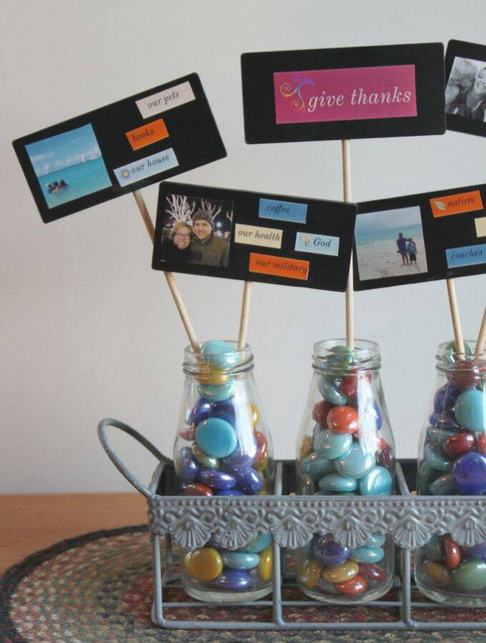 This easy Thanksgiving photo craft is such a cool, personalized centerpiece for your table, and the ZINK hAppy makes it a breeze (and so fun!) to make!