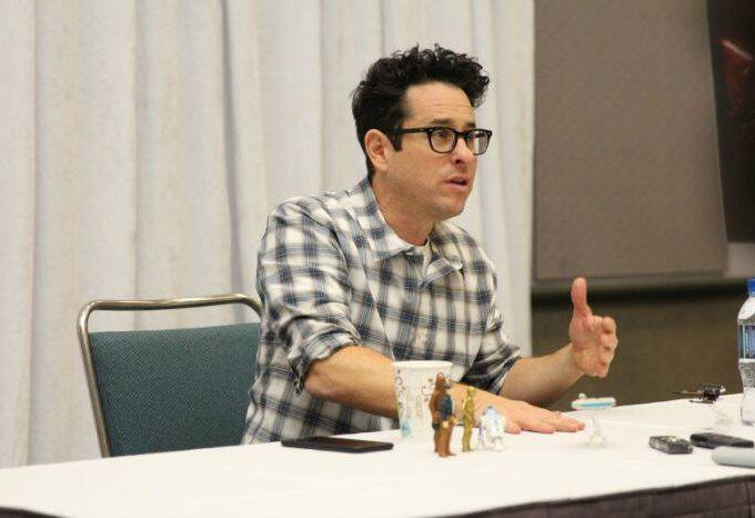 My exclusive STAR WARS: THE FORCE AWAKENS Director J.J. Abrams interview! What he says about joining the project, BB-8, the score, and more!