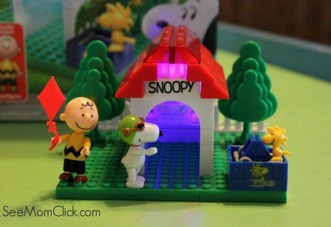 Peanuts Flying Ace Snoopy Lite Brix + Giveaway
