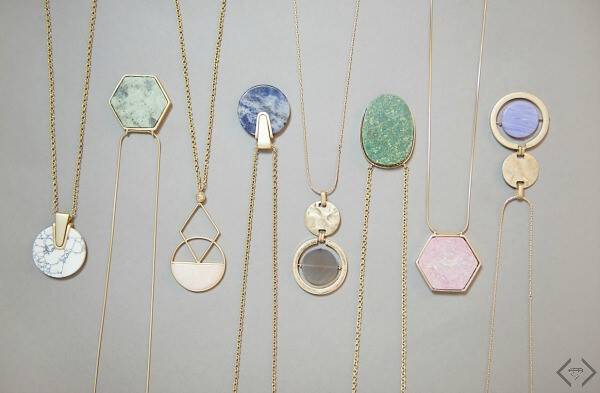 These stone layering necklaces come in a variety of colors and styles and are currently 50% off with free shipping included!