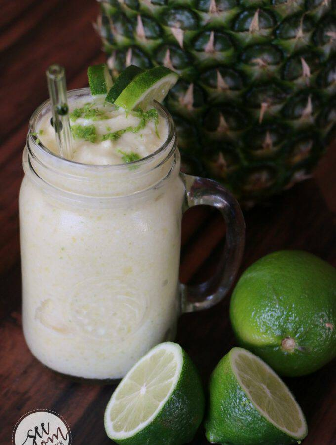 3 Ways to Wake Up Your Weekday Breakfasts + Pineapple Smoothie Recipe