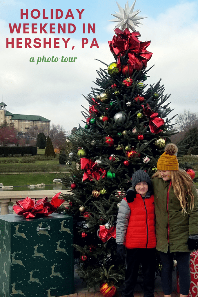 It's the most magical time of the year in Hershey, PA! Take a photo tour of our holiday weekend in Hershey - lights, reindeer, hot chocolate, and more! Hershey is the perfect family travel destination all 4 seasons, but at Christmastime it is just beautiful!